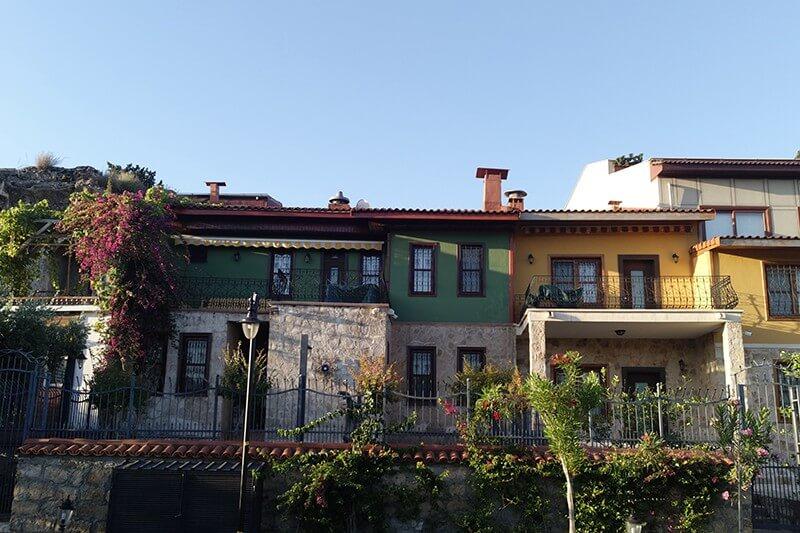 トルコ アンタルヤ 旧市街 カレイチ