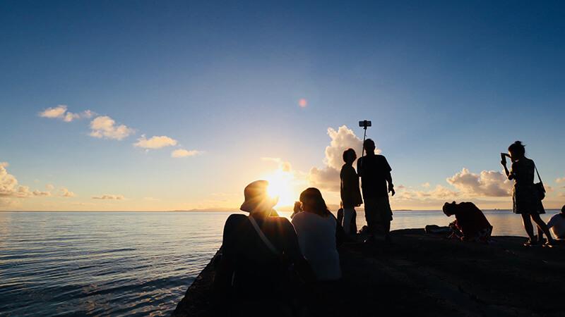 沖縄の八重山諸島、石垣島の離島、竹富島の西桟橋、観光、ツアー、水牛、星のや、民宿