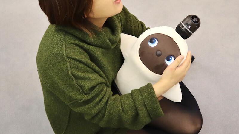 ペットロボット 家族型ロボット LOVOT(らぼっと)GROOVE X